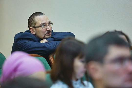 В беседе с корреспондентом «БИЗНЕС Online» сам пока еще гендиректор АО «Тамедиа» Кузьмин не смог дать комментарий о причинах назначения на его место Садыкова