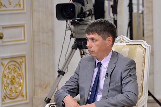 С минуты на минуту на совете директоров АО «Татмедиа» будет принято решение о новом руководителе — на смену Андрею Кузьмину придет Шамиль Садыков