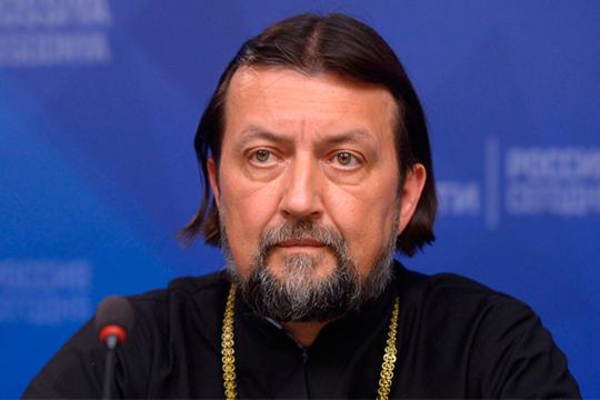 Максим Козлов:«Мы, христиане, вправе считать себя историческими оптимистами — мы знаем, что все кончится хорошо, даже если за окном на улице все достаточно грустно»