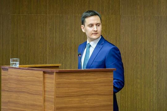 Итоговая сумма от аренды и продажи муниципальных земель, как доложил сегодня начальник управления земельных и имущественных отношений Набережных Челнов Ленар Гизатуллин, составила 809,2 млн рублей