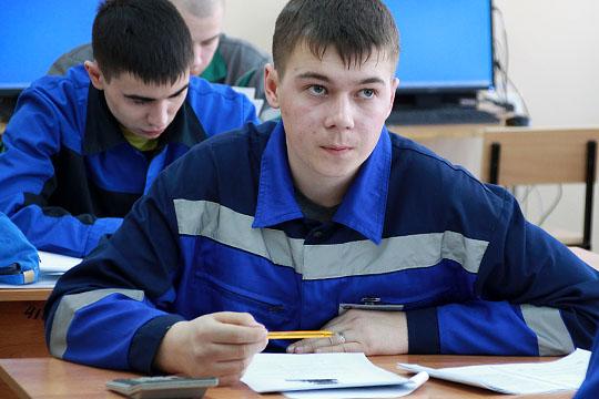 В поддержку директора министерство указывает, что педколледж стал активным участником движения WorldSkills и занимает призовые места на региональных чемпионатах