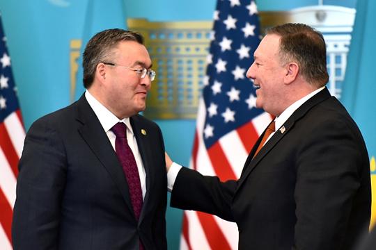 Майк Помпео в Казахстане заявил, что привлекательность инвестиций со стороны Китая оборачивается издержками в отношении суверенитета и может навредить долгосрочному развитию страны