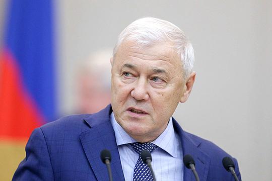 Еще на стадии принятия документа в Госдуме глава комитета по финансовому рынку Анатолий Аксаков говорил, что направлен он на наведение порядка с выдачей ЭЦП
