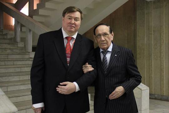 «Бесспорно одно: великий певец современности Ильгам Шакиров — не только крупный, выдающийся представитель татарской вокальной, музыкальной культуры»