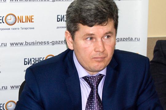 «Проблемы сгазом можно решить: малые строительные компании, которые специализируются наИЖС, предлагают вообще отказываться отгазификации домов», - поясняет гендиректор АН«Кама»Рисхат Сабирзянов
