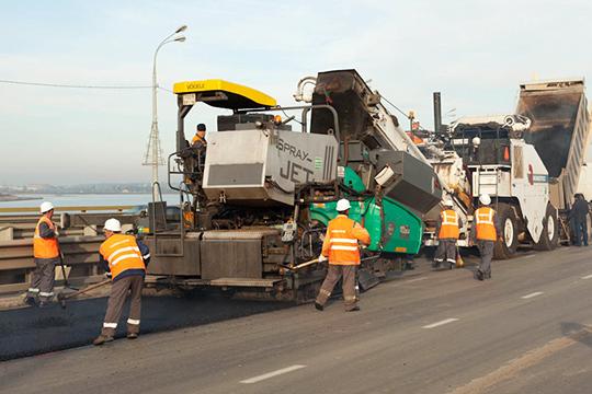 В2019 году Казани пофедеральной госпрограмме «Безопасные икачественные дороги» наремонт дорог выделят 2млрд рублей