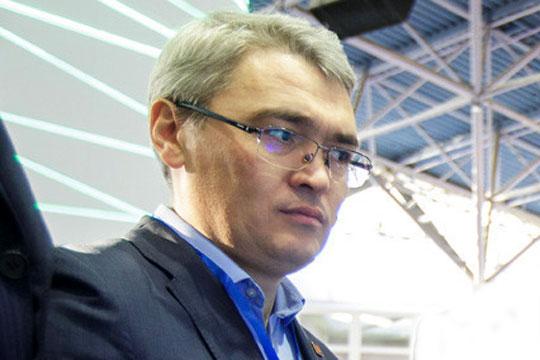 Айрат Сабирзянов:«Самый дешевый тариф ТГК-16 при транспортировке вдействительности оказывается далеко несамым дешевым. Считаю, что аргумент про выгоду потребителей отпоставок тепловой энергии отТЭЦ-3 абсолютно несостоятелен»