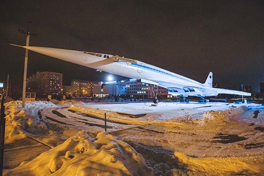 Ту-144 трудится вКазани даже «назаслуженном отдыхе»