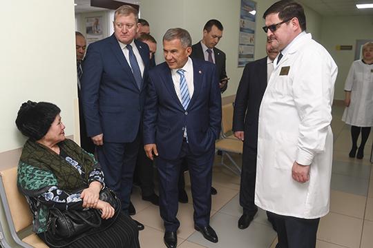 Очевидцы визита Минниханова рассказали, что вцелом оностался доволен увиденным, посетовав лишь нато, что штат ЦРБ серьезно недоукомплектован специалистами