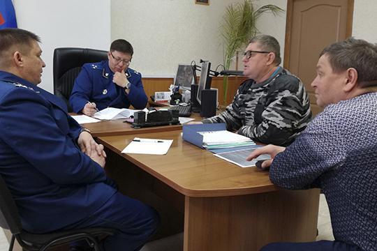 Группа инициативных граждан добивается полной ликвидации какойбы тонибыло формы местной организации под предводительством учредителей ДНП семьи Хайруллиных
