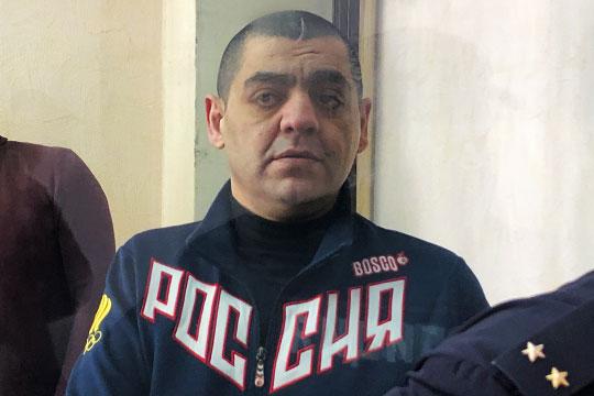 Аванесян (на фото) потребовал у бизнесмена $2 млн (114 млн рублей по тогдашнему курсу). Также обвиняемый, как установило следствие, достал шприц и пригрозил, что заразит и Мухтарова, и членов его семьи СПИДом