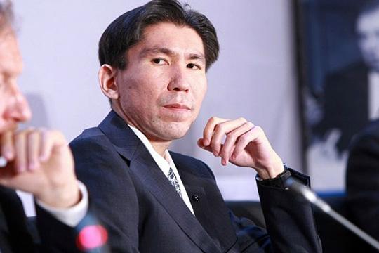 Досым Сатпаев: «Нет гарантии, что потом неначнут бороться скультом личности Назарбаева»