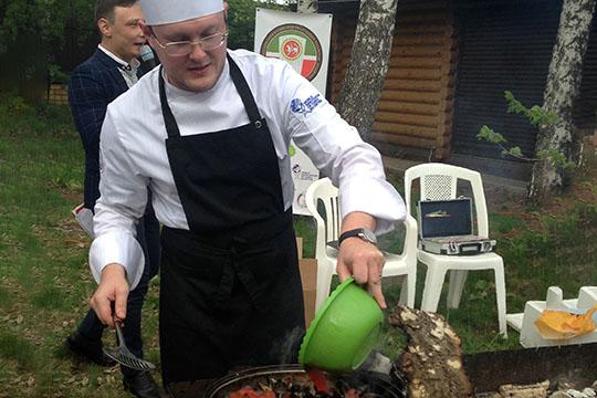 Игорь Афанасьев —вице-президент Ассоциации кулинаров РТсболее 10-летним опытом работы