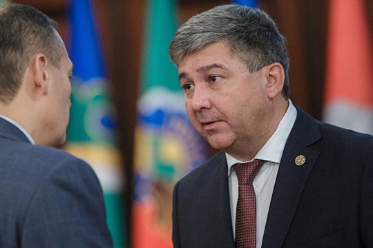 Михаил Афанасьев – предпринимателям: «Посоветуйтесь спрокурором, онрядом сидит»