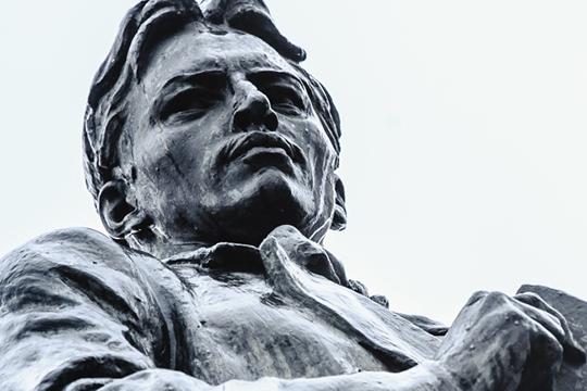 Смысловой кульминацией станет открытие памятника Габдулле Тукаю в Уфе, которого татарская общественность Башкортостана добивалась несколько десятков лет