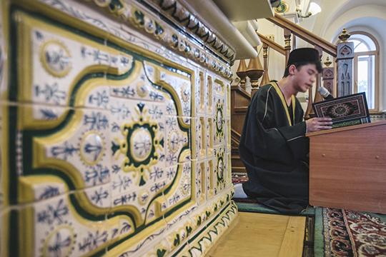 «В Казани людей, которые хорошо знают Коран, хорошо знают арабский и татарский языки, может быть немного, но есть»