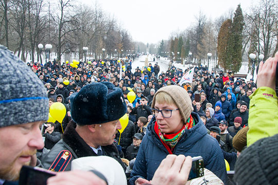 «Накапливается некая критическая масса, которая выводит эту тему на первое место — и заставляет Европейский суд говорить о том, что в России не все в порядке с реагированием на мирные протестные акции»