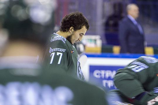 Эмиль Гарипов: «Лёд и тренировки начну в июне самостоятельно, а потом уже в июле с командой. Для тонуса я занимаюсь по специальной программе, которую мне дали в Германии после операции»