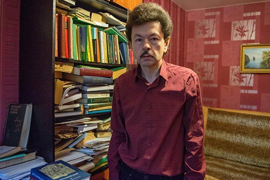Источниковед икаллиграф Рашид Кадыров вконце 1980-х стоял уистоков булгарского движения вТатарстане