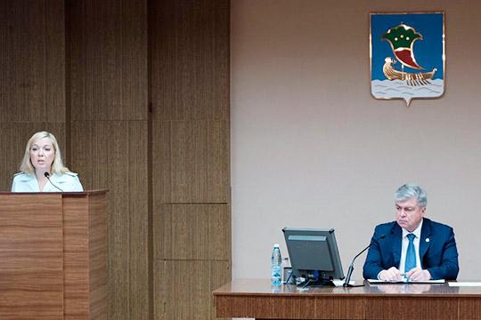 Диана Сагетдинова отметила, чтообщая сумма долгов поналогам истраховым взносам киюлю достигла 2,6млрд рублей