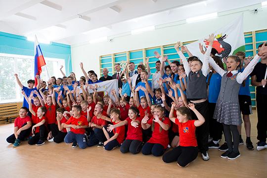 Школа №42: среди ее выпускников — два действующих министра Татарстана, руководители крупных компаний, депутаты, именитые спортсмены и артисты