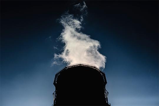 Вмировых отчетах заложены цифры, что вгод накаждого жителя России выбрасывается 10–15 тонн углекислого газа