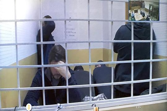 Эльбек Сафаевбыларестованвоктябре прошлого года.Первоначально его обвиняли впосредничестве при передаче взятки вособо крупном размере, новскоре переквалифицировали впокушение намошенничество