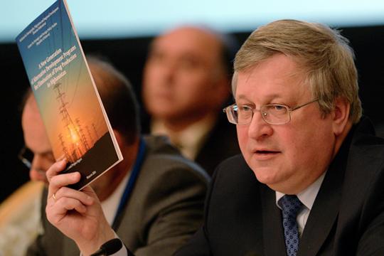 Юрий Крупнов: «Будет как сейчас– россиян кконцу столетия максимум половина останется»