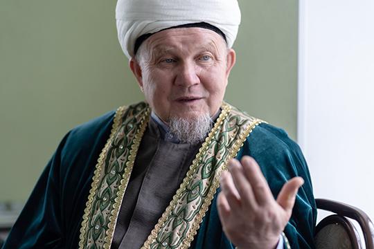 Джалиль хазрат Фазлыев: «Маулид означает «рождение», в Коране, в суре «Марьям» есть аят, где говорится о днях рождения, смерти, воскрешения из могил, поэтому эти три даты нужно всегда помнить»