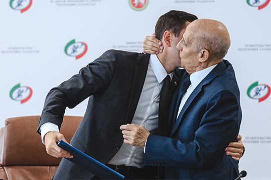 Международная федерация ФИНА будет главным союзником Татарстана в защите от давления ВАДА. Пока у руля организации президент Хулио Маглионе, ситуация не поменяется
