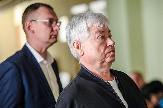 Если говорить про главного татарстанского арестанта,Роберта Мусина,унего стартовал мега-процесс, где допрашивают иего ближайшее руководство, исредний менеджмент, иоснователей DOMO