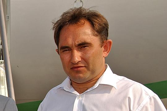 Подан иск о личном банкротстве Маннура Сагдиева. Очевидно, речь идет о сыне некогда влиятельного татарстанского бизнесмена Маннафа Сагдиева (на фото), который считался владельцем группы компании «Нур»