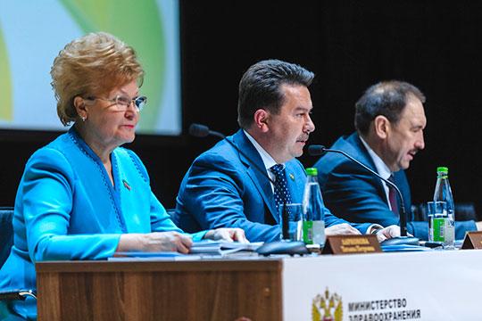Марат Садыков: «Мы понимаем, что вступили в сложный демографический период, и наша задача — сдержать отрицательную динамику»