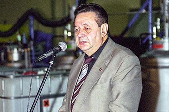 Альберт Маршев родился в Казани, закончил КИСИ