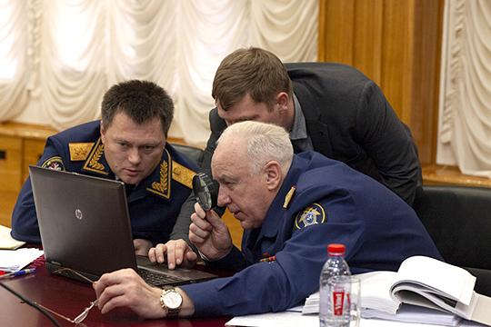 В силовых структурах ходит слух, что бывший зам Бастрыкина (справа) Игорь Краснов (слева) настаивал на назначении Липского,с которым они вместе расследовали покушение на Анатолия Чубайса