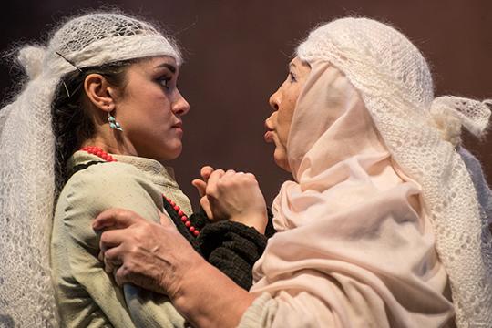 В роли Сарвар на большой сцене театра им. Камала дебютировала студентка КазГИК Лейсан Гатауллина
