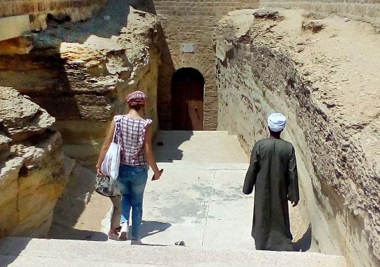 Лилия Ахмадеева: «Якобы это даже не гробницы вовсе, а порталы в другие измерения»