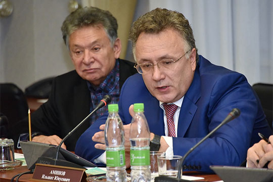 Возвращаясь ктеме отсутствия дороги, ведущей всело, Аминов отметил, что для этого нужны огромные средства