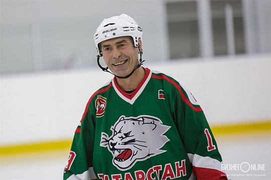 «Тот сезон для нас был, как восне. Этоже элита советского, дачто там, мирового хоккея»,— делится воспоминаниями защитник той командыРавиль Фазлеев
