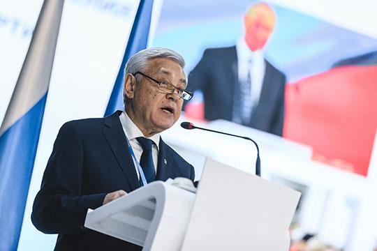 Фарид Мухаметшин: «Нетолько быстро собирать-разбирать автомат, нам надо воспитывать патриотизм вмолодежи глубоко ивсесторонне— ивкультурном, ивобразовательном, ивдуховном смысле»