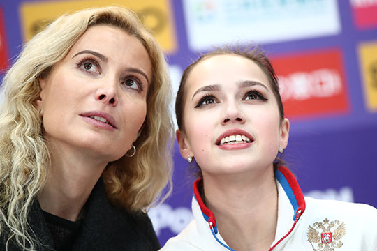 Фигуристка посвятила 1-е место наэтапе Гран-при вМоскве,которое гарантировало ейпопадание вфинал турнира, своему тренеру