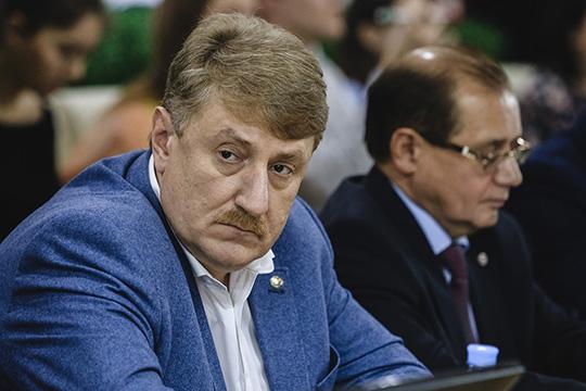 Единогласно председателем совета при минмолодежи РТ был избран отец татарстанского КВН Андрей Кондратьев