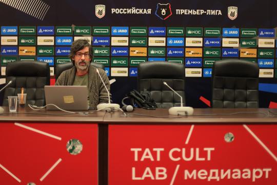 Известный эксперт помедиаарту Алексей Шульгин выступил вКазани врамках лаборатории Tat CultLab