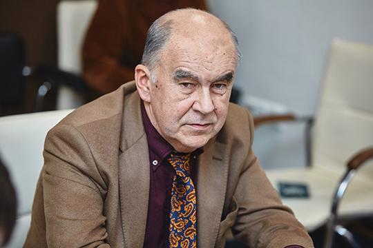 Шамиль Агеев: «Парламент принимает документы, ивсе они идут назажим регионов. Такое впечатление, что кто-то сверху специально раскачивает лодку»