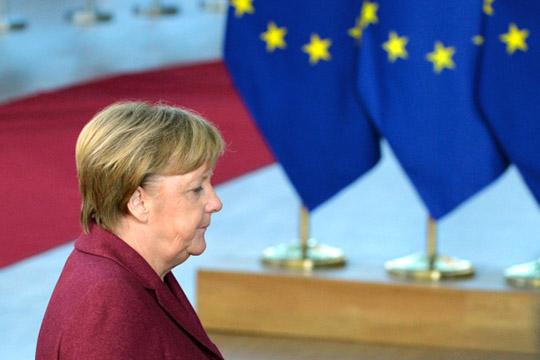 «ВЕвропе неосталось ниодного человека, который может претендовать налидирующую роль. Довольно долго сэтой точки зрения рассматривали Меркель, ноона уходит»