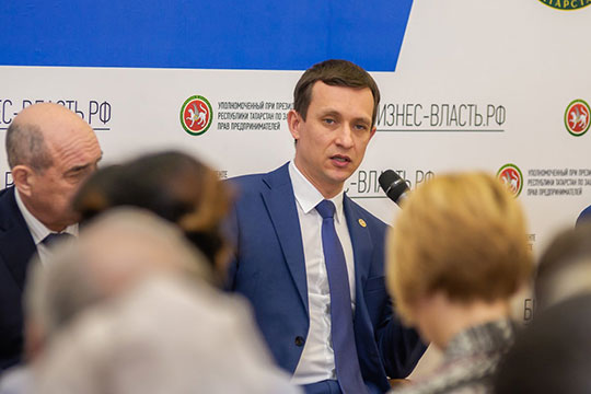 «Айрат Ринатович говорит, что Альметьевский район в середняках. Давайте станем первыми!»
