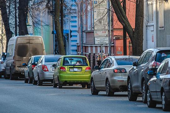 Исполком Казани принял меры и в отношении водителей, которые скрывают номера — в этом году в два раза, до восьми человек, увеличится штат контрольно-ревизионной службы