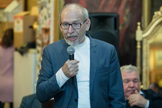 Команда известного историкаДамира Исхаковафактически оттеснена от работы над Стратегией развития татарского народа, и, возможно, будет создавать свою альтернативную стратегию