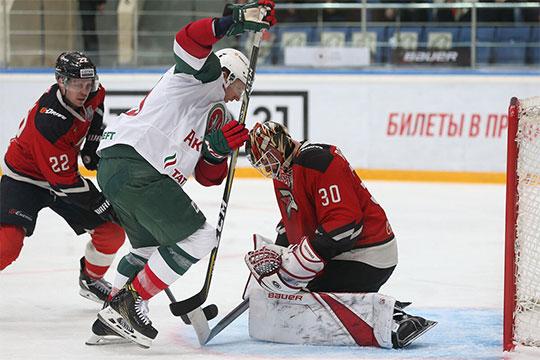 Хартли после матча отмечал уверенную игру вратаря Игоря Бобкова, но он спасал свою команду только при счёте 0:0
