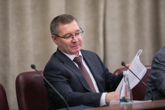 Владимир Якушев заявлял, что региональным властям могут дать право взять на поруки и проекты, не проходящие по критериям. При условии, что если что-то пойдет не так, достраивать придется за счет местного бюджета